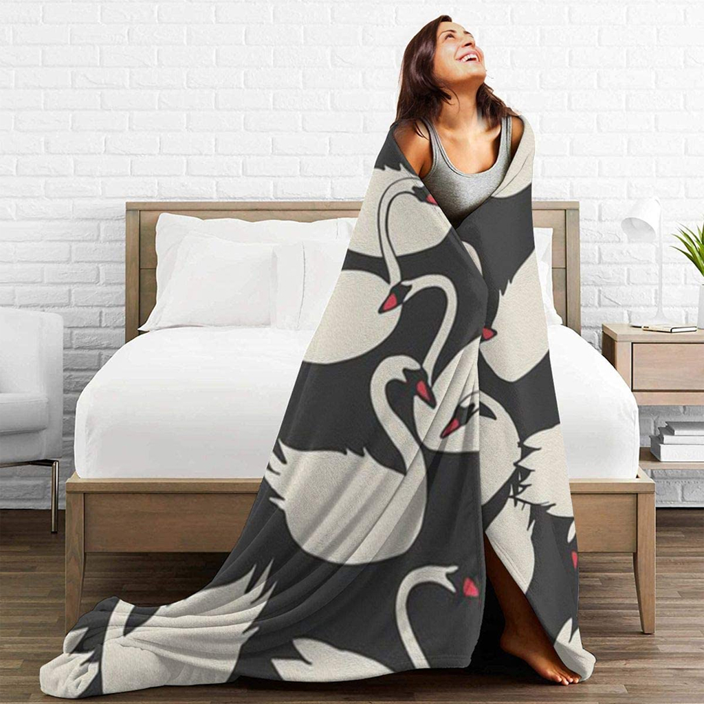 swan-themed-blankets-for-adult-beds